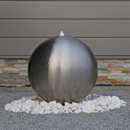 Edelstahlkugel Brunnen